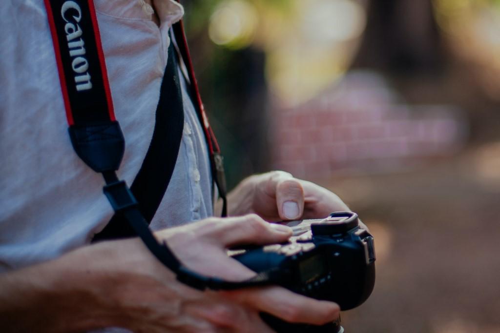 Canon EOS 1DX Price image
