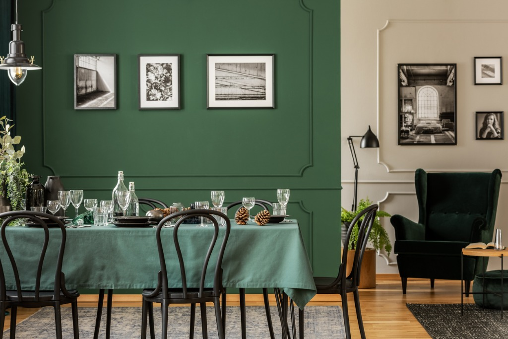 Quick Easy Tips for Decorating Your Home With Photos image