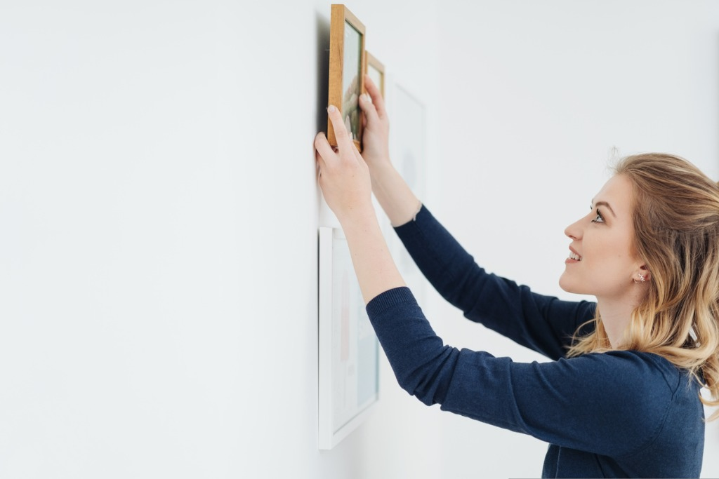 how to hang photos 3 image