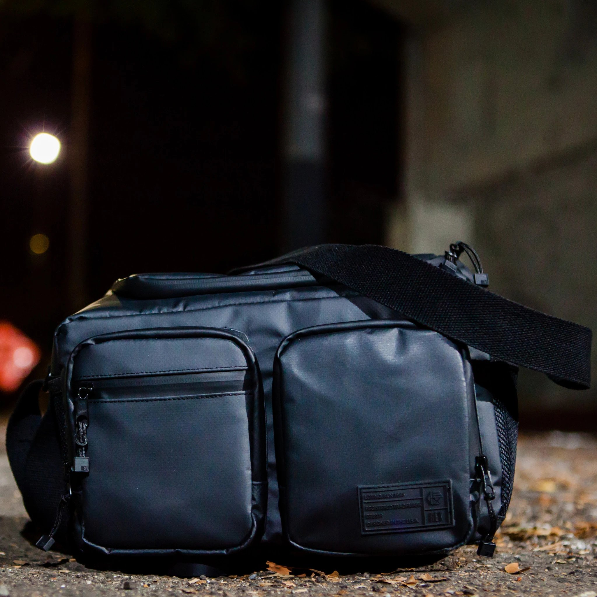 This Camera Bag Is for You If You Have DSLR and Mirrorless Gear image