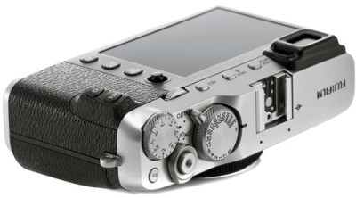 Fujifilm X E3 Build Handling 1 image