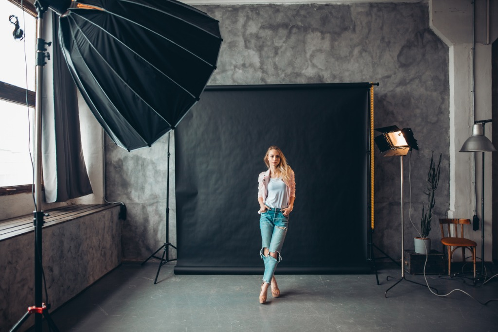 6 Easy Steps for Getting Your Photography Business Off the Ground image