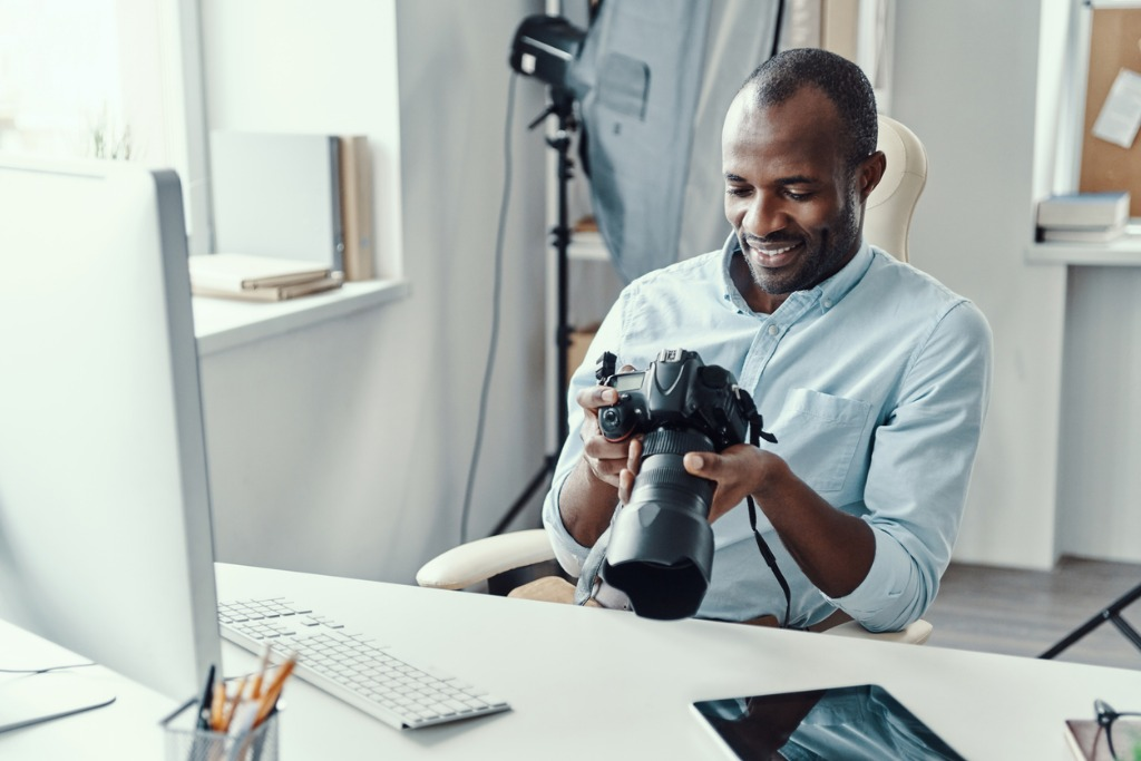 How to Impress Your Photography Clients image