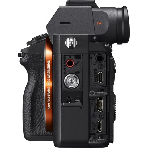 Sony a7R III Build Handling 2 image