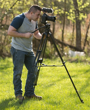 Video Tripod Buying Guide image