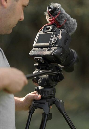 buying video tripod 7 image