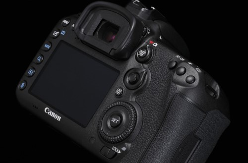 Canon 7D Mark II Video Performance image