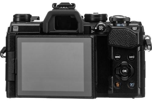 Olympus OM D E M5 III Build Handling image