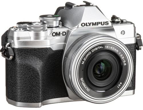 Olympus OM D E M10 Mark IV Build Handling 2 image