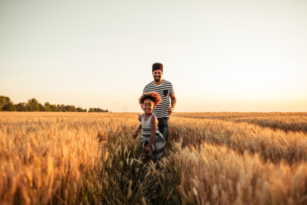 Use These Family Portrait Tips for Better Thanksgiving Photos image