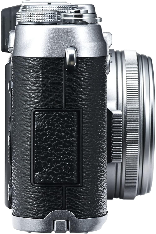 FujiFilm X100s Build Handling 1 image