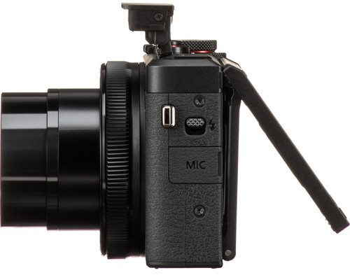 Canon PowerShot G7 X III Build Handling 2 image