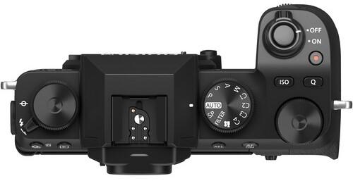 Fujifilm X S10 Build Handling 1 image