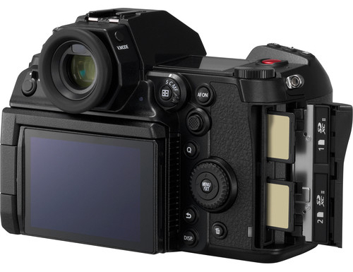 Panasonic S1H Video Performance image