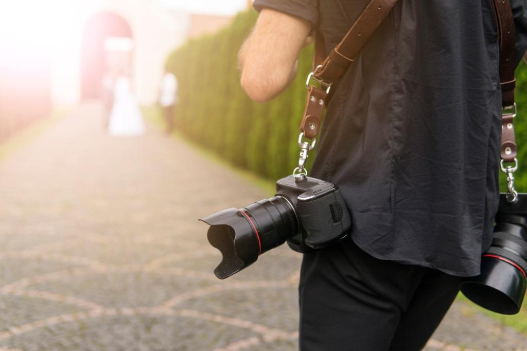 tips for new wedding photographers image