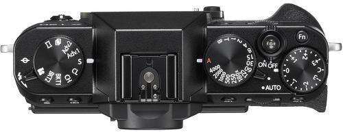 FujiFilm X T20 Build Handling 1 image