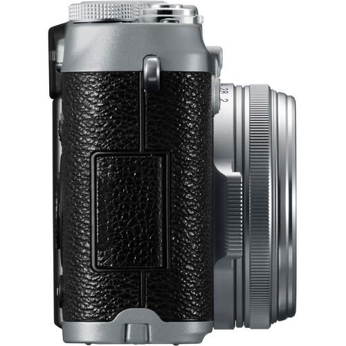 FujiFilm X100 Build Handling image