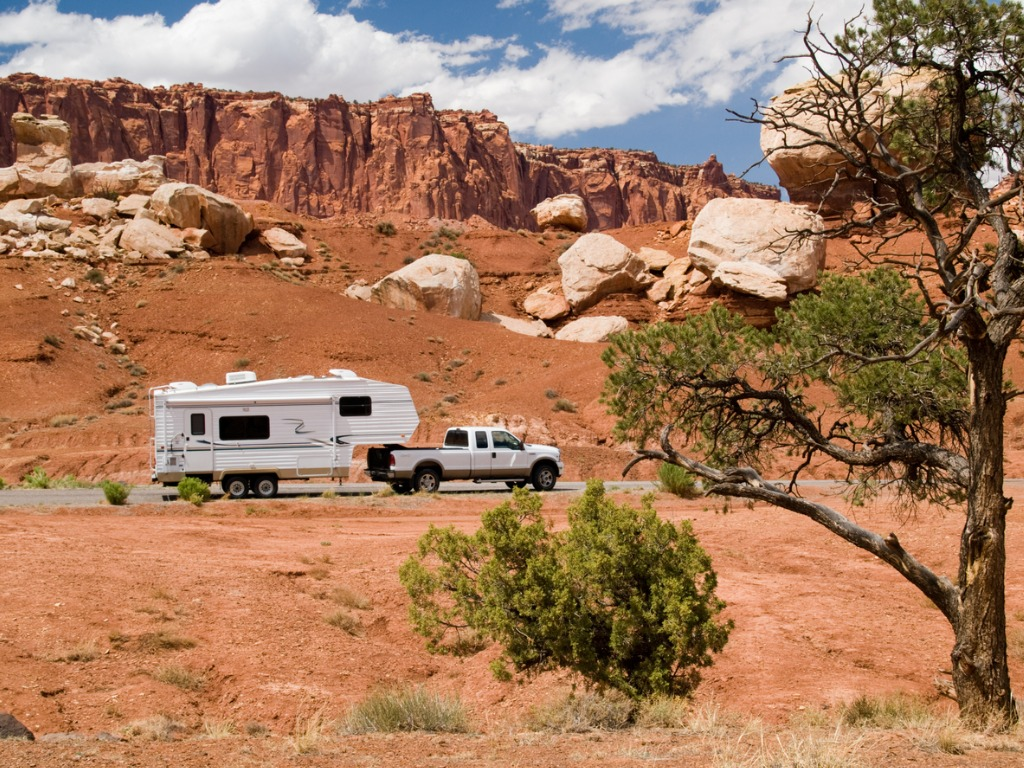 How to Save Fuel When Overlanding image