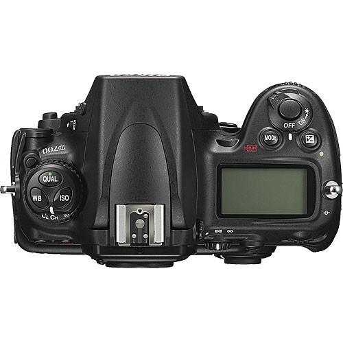 Nikon D700 Body Design image