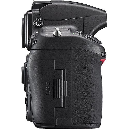Nikon D700 Build Handling image