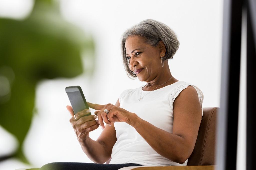 start using business texting image