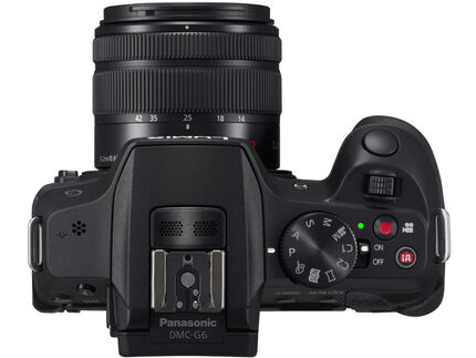 Panasonic Lumix DMC G6 Body Design image