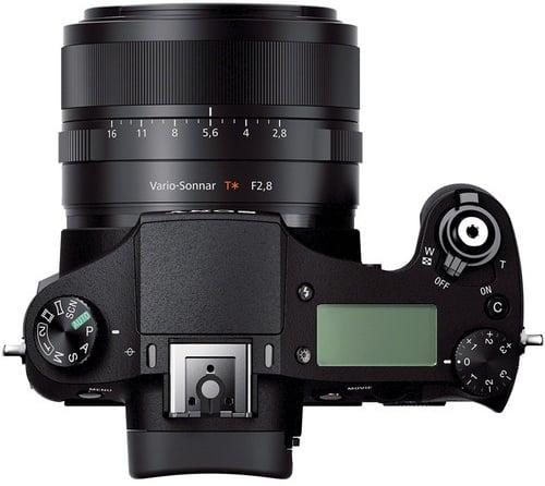 Sony RX10 Build Handling image