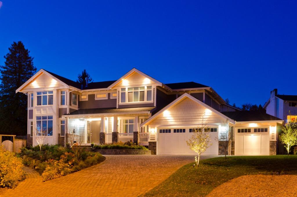 how to take real estate exterior photos