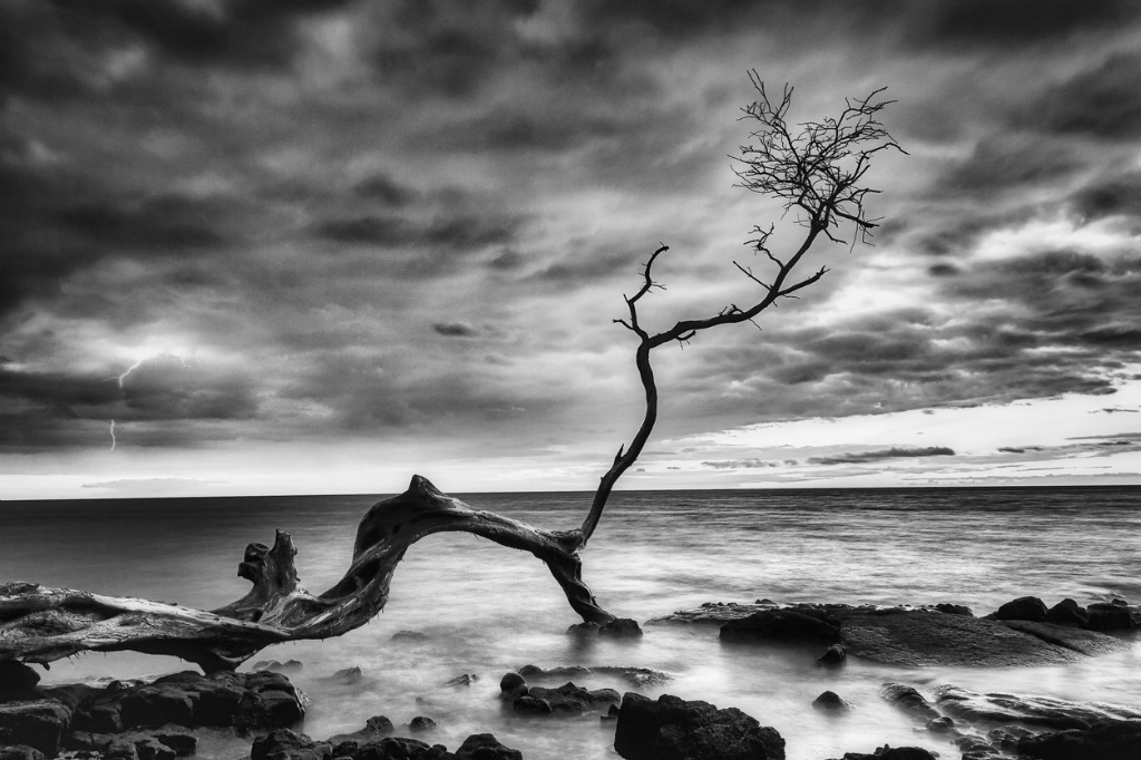 artificial lighting for landscape photography image