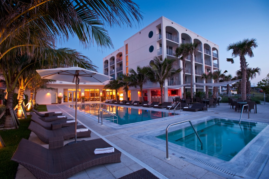 Commercial Real Estate Photography Tip How to Photograph Hotels