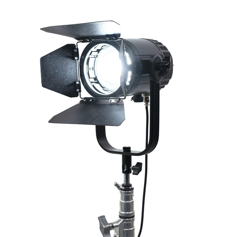advantages of led lighting for portraits image