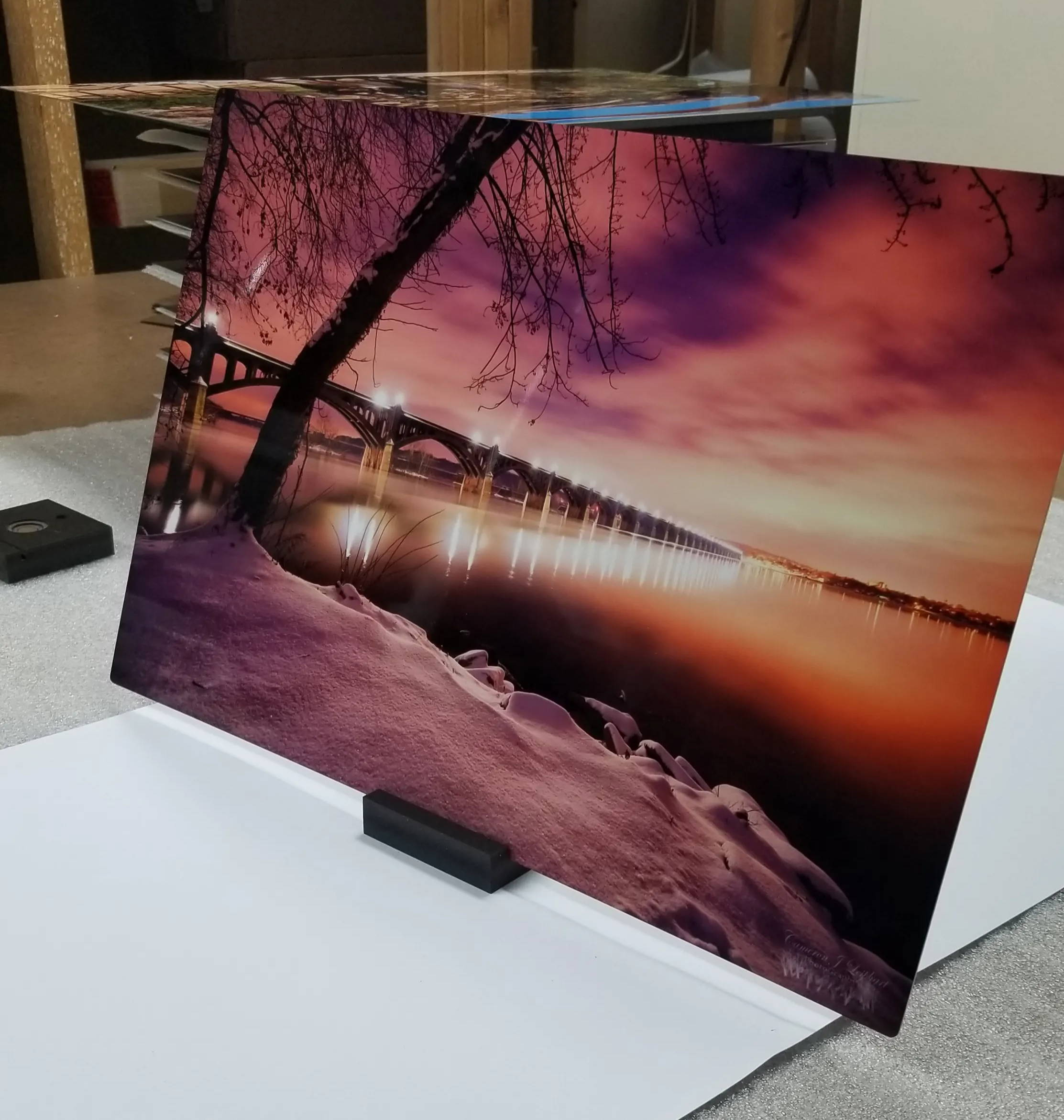 what to look for in a metal print image