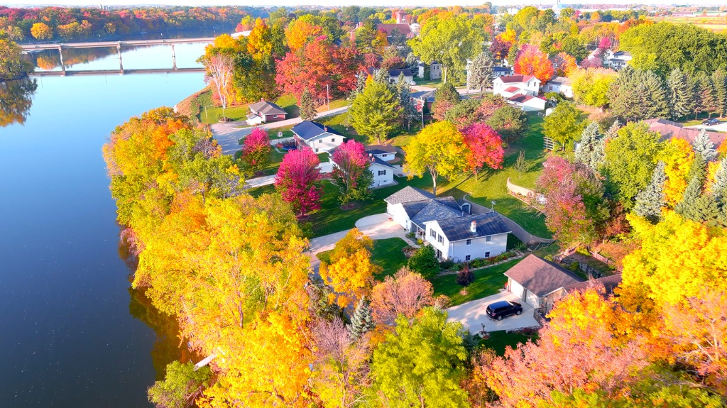autumn photography for real estate