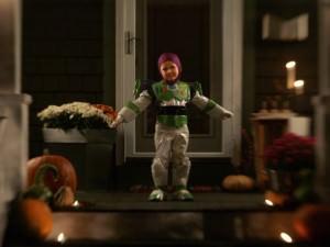 An_Outdoor_Halloween_Portrait_12_590_443 image