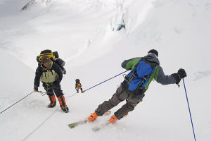 Skiing_Everest image