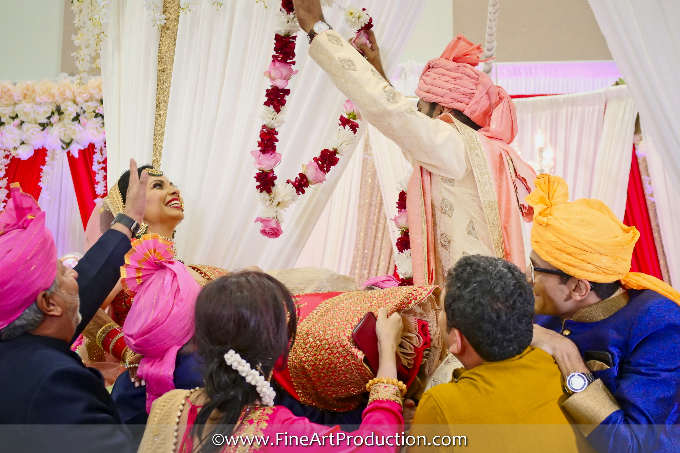 Gujrati Wedding Garland Ceremony