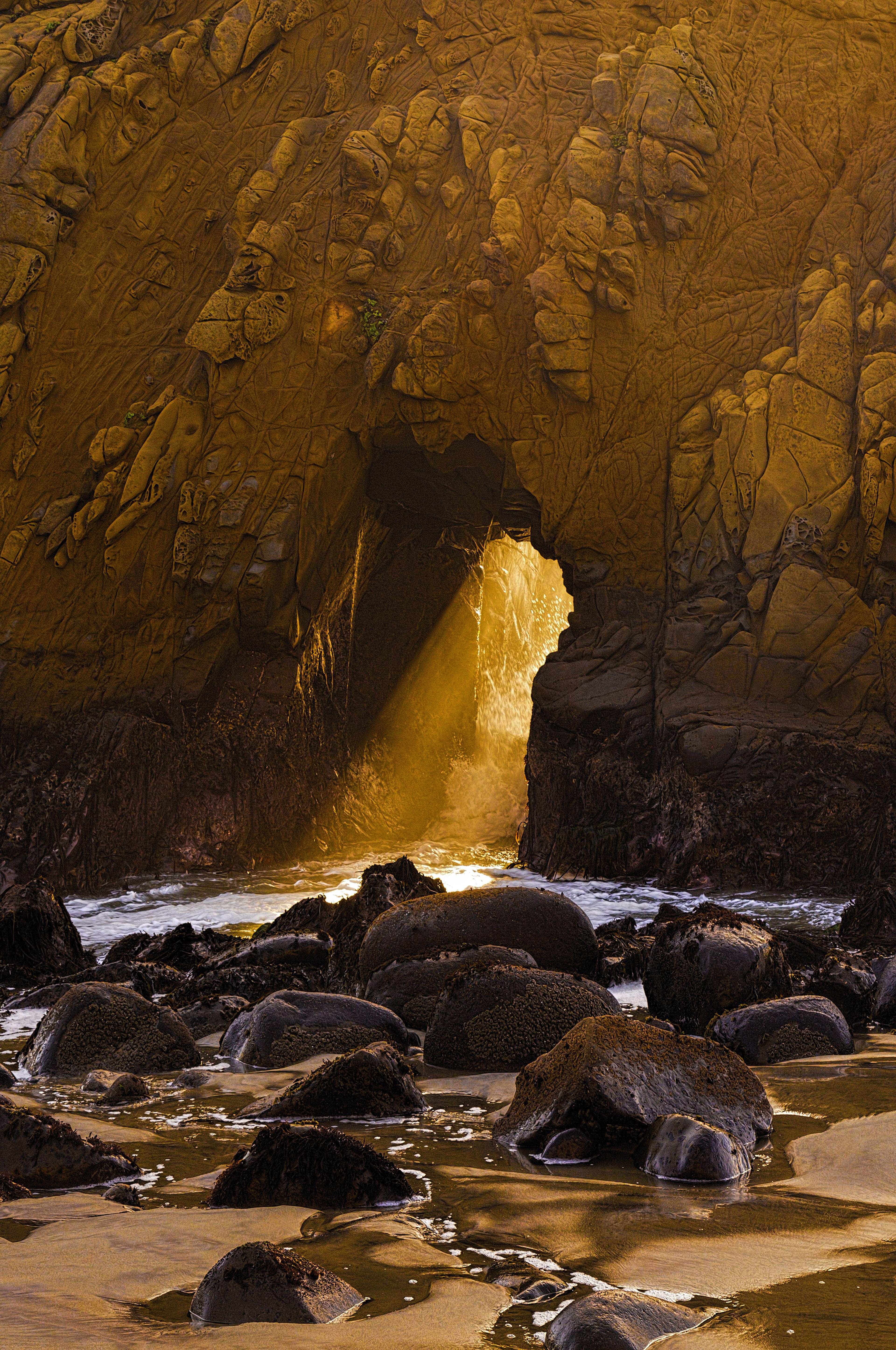 Dan Blackburn Sunset at Keyhole Arch Big Sur California_MGL1921