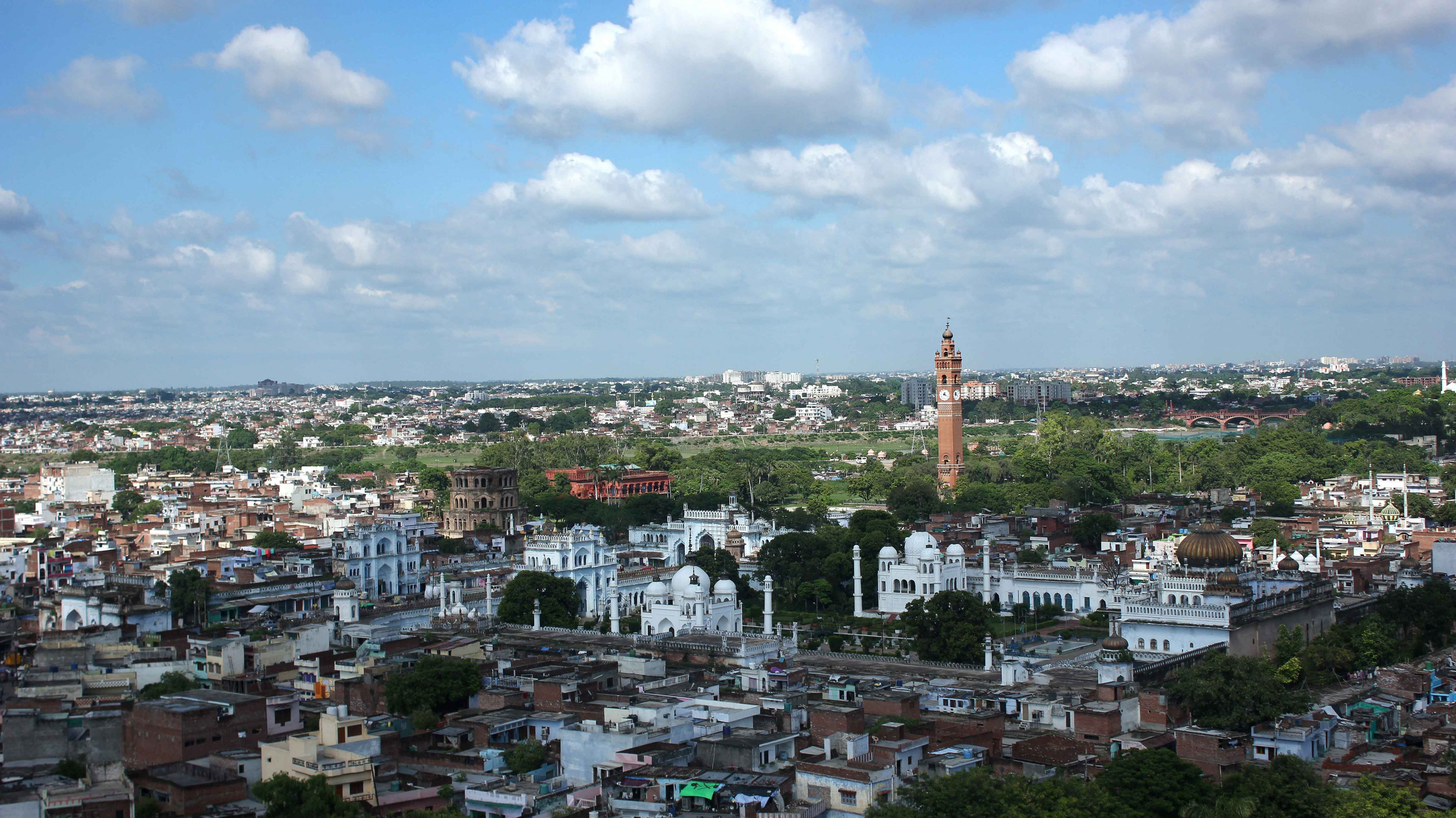 A Complete pics of Lucknow