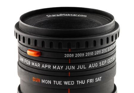 creative-calendar-design-camera-lens-image image