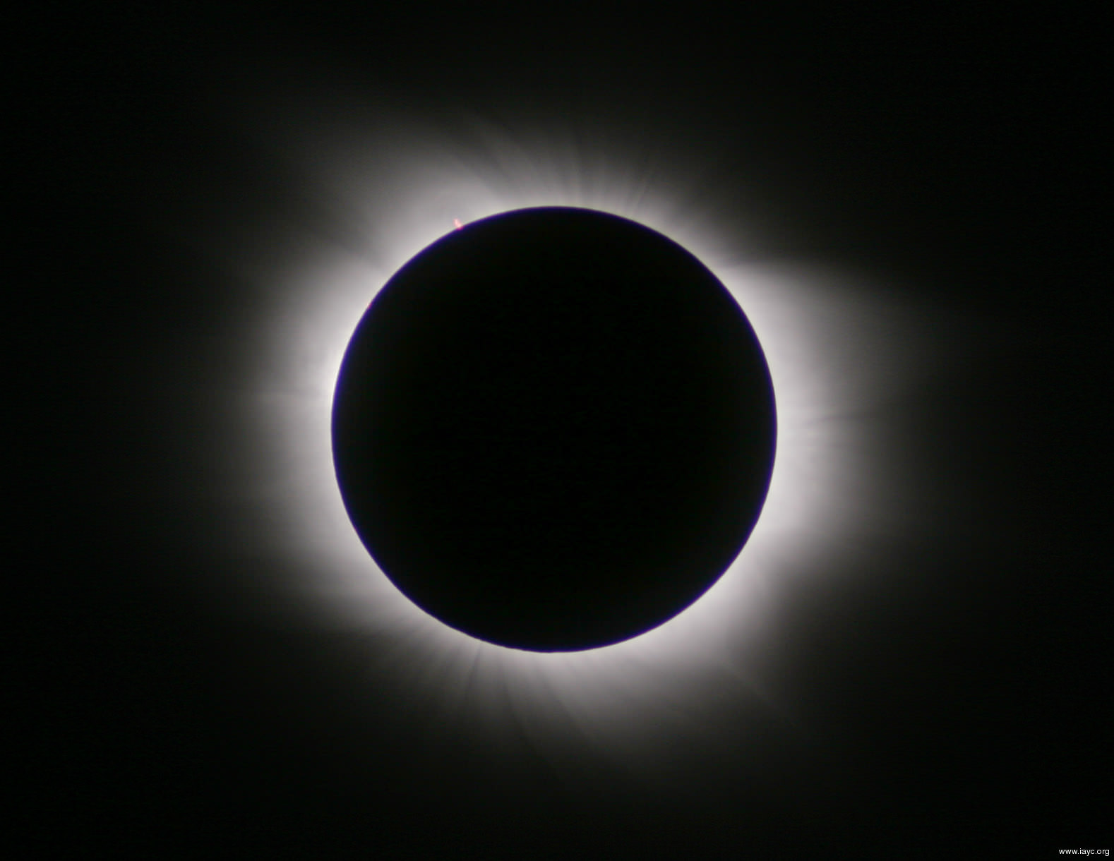 solar-eclipse image